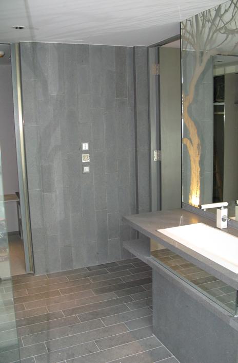 W hotel kowloon hong kong cina basaltite guidotti for Arredo bagno hotel